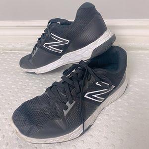 Men's New Balance Running Shoes (size 10)